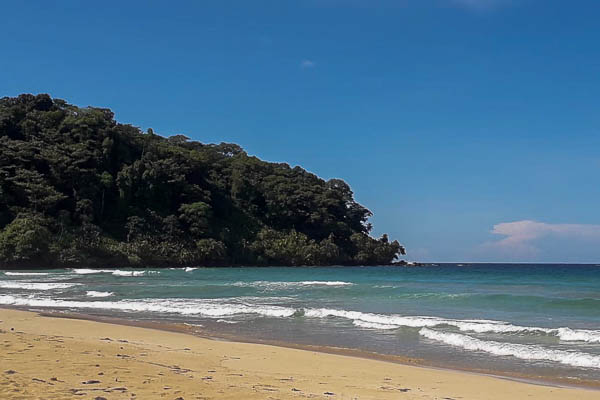 Wizard beach is a 15 minute walk from the up in the hill eco lodge.